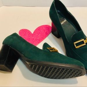WHATS WHAT heel emerald green loafers.